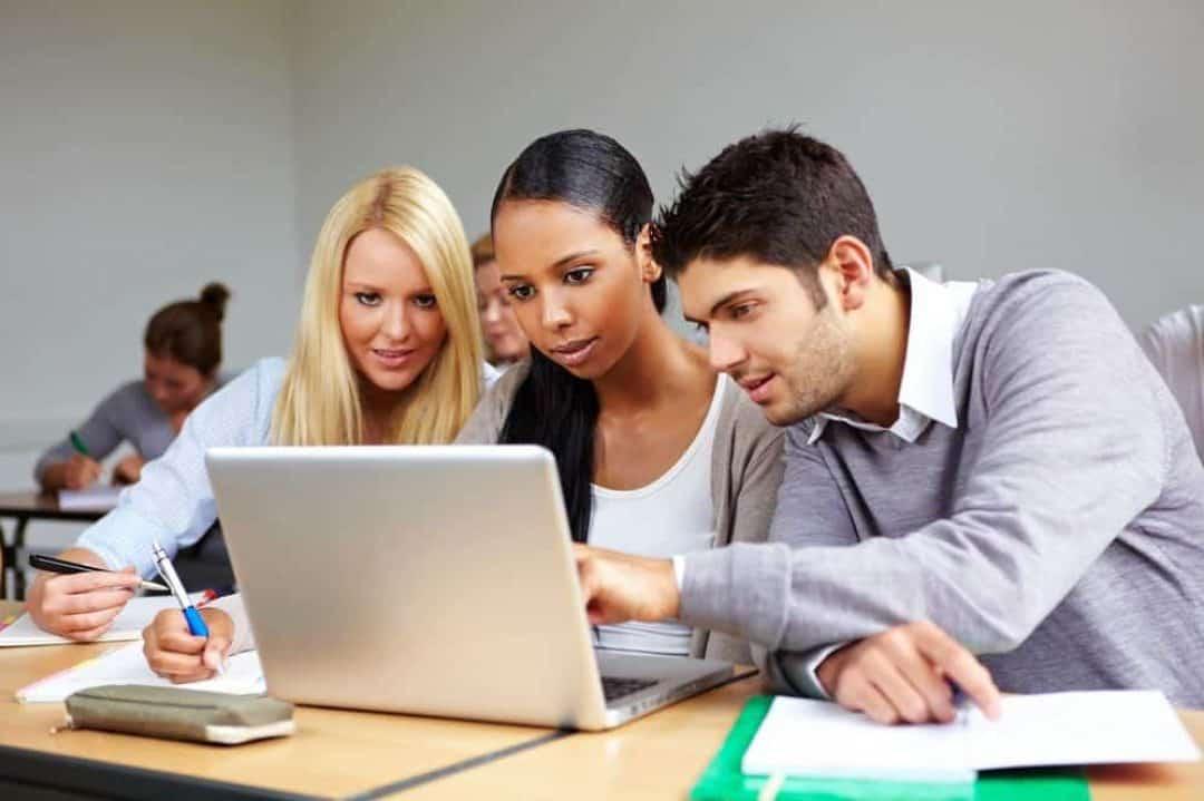 Tips for Applying for Scholarships